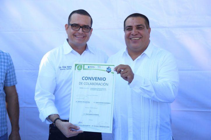 Firman convenio de colaboración Seapal y Ayuntamiento