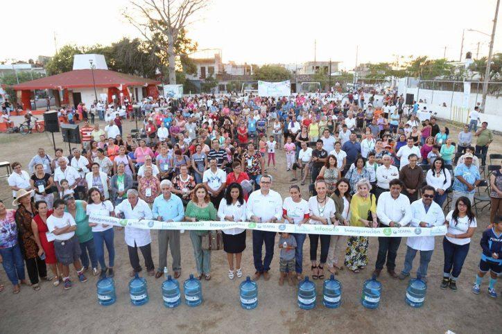 """""""500 familias ya se benefician con los Aguamáticos en Infonavit"""": Abarca"""