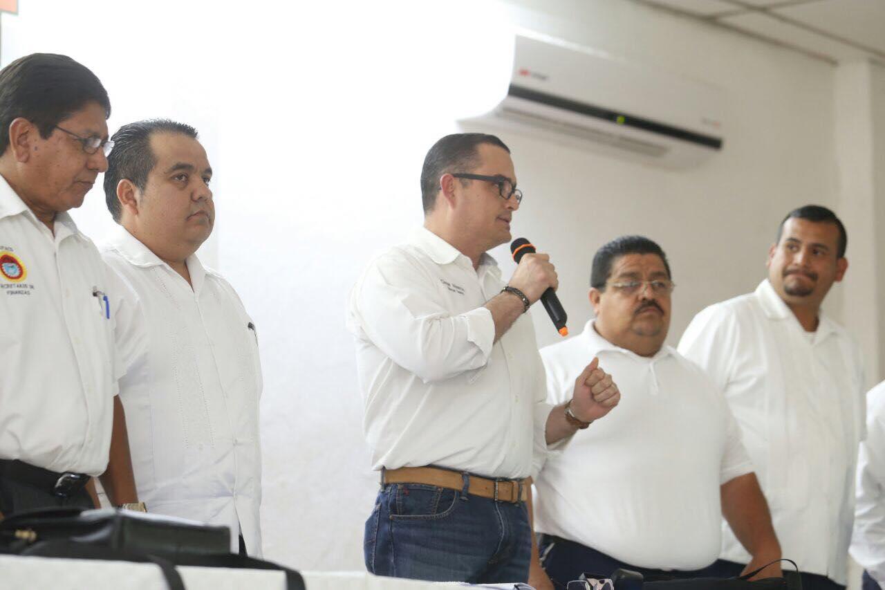 Ratifica Abarca compromiso con sectores productivos del destino