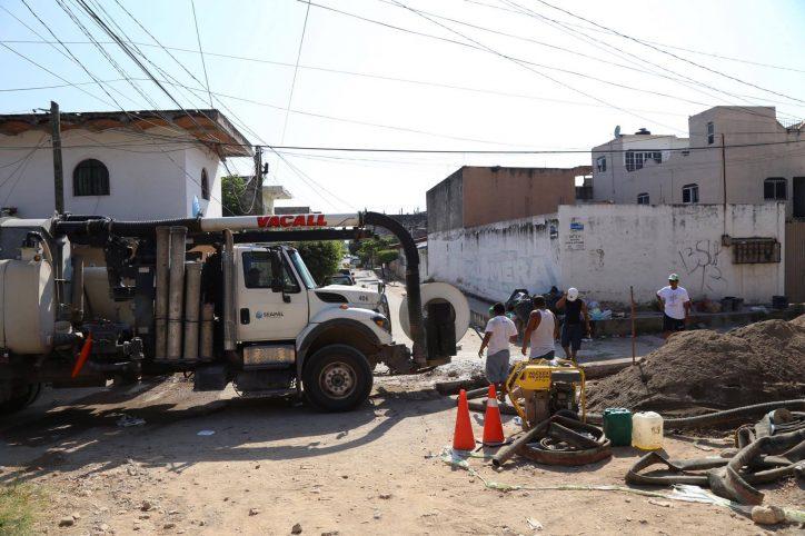 Atiende Seapal colapso del Colector Alameda en Pitillal Centro