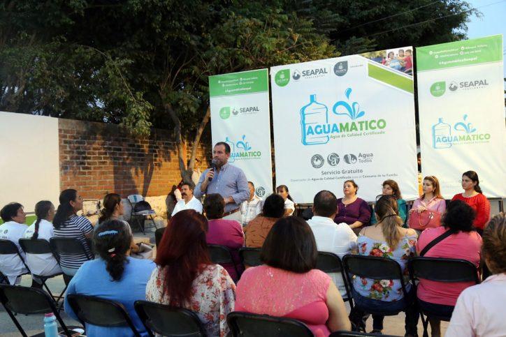 Resaltan en La Floresta beneficios y ahorro de los Aguamáticos